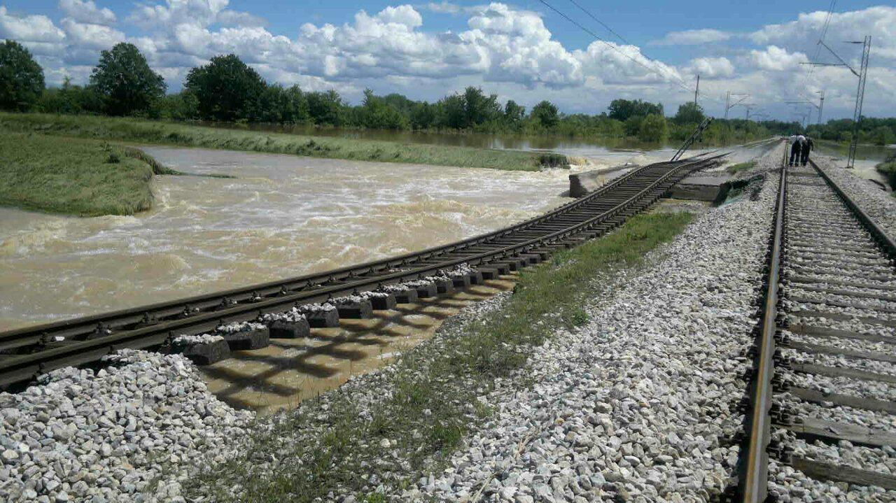 Deonica pruge Vreoci Obrenovac kod sela Piroman