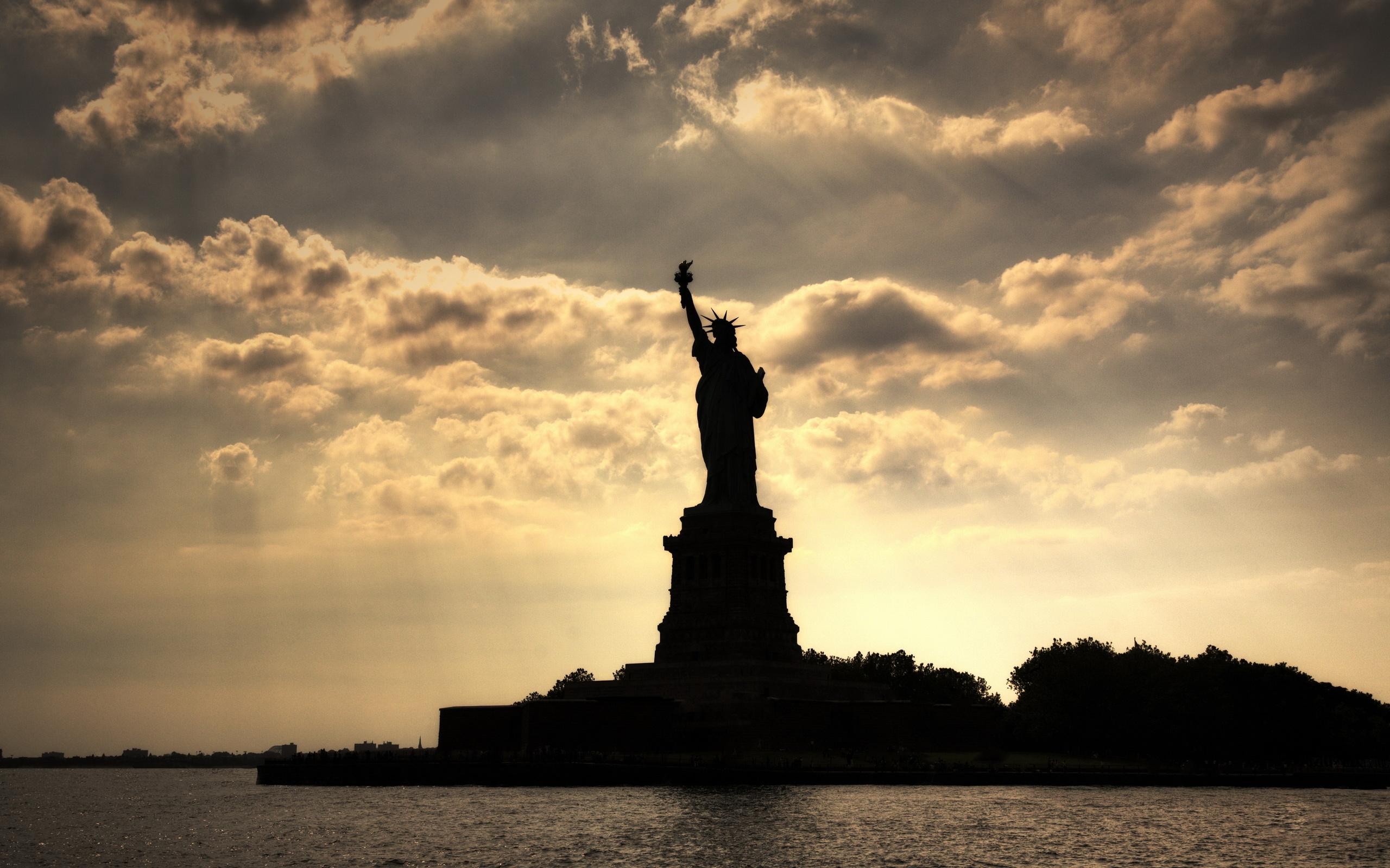 opadanje americke demokratije