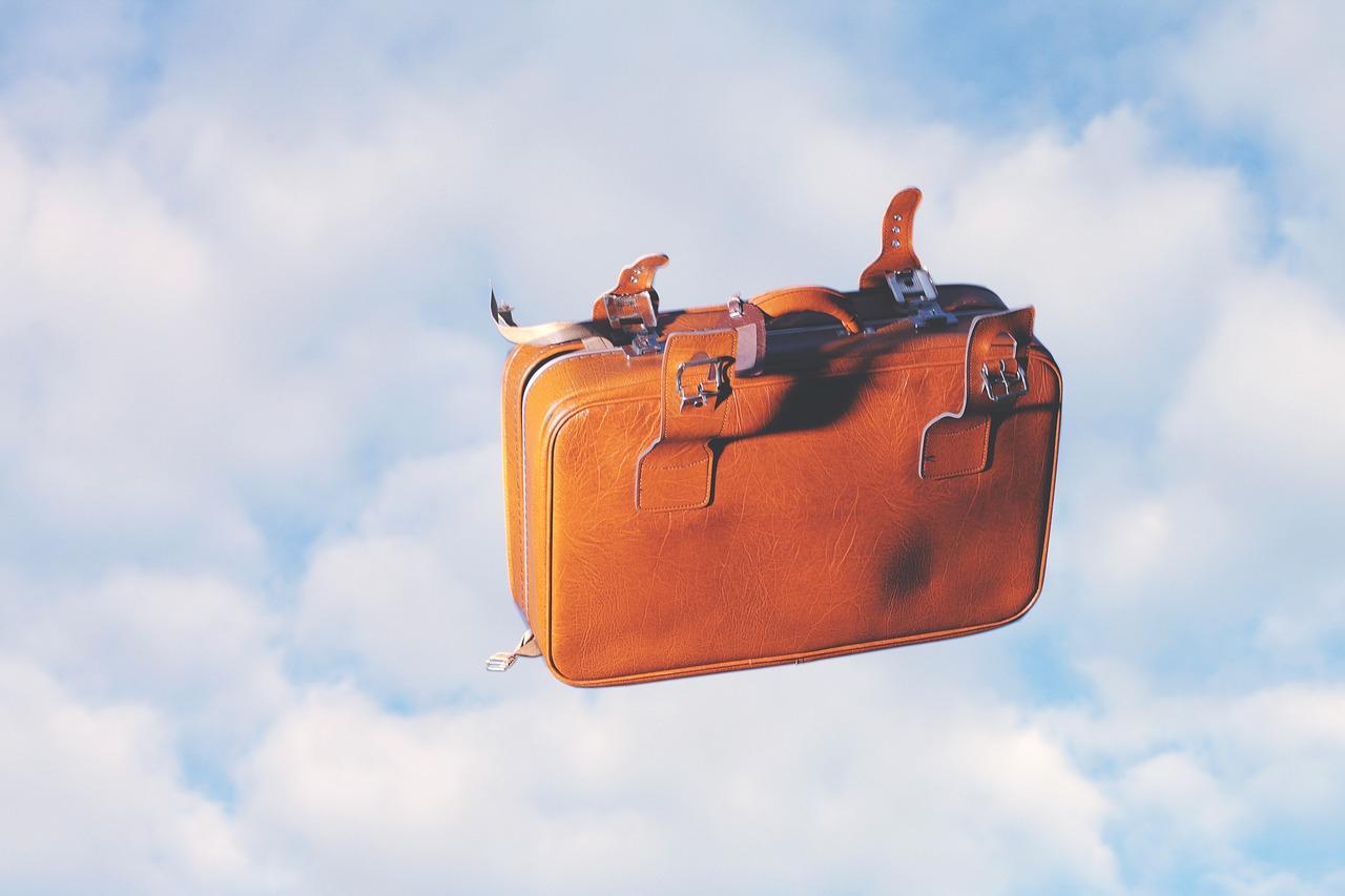 luggage-1884215_1280