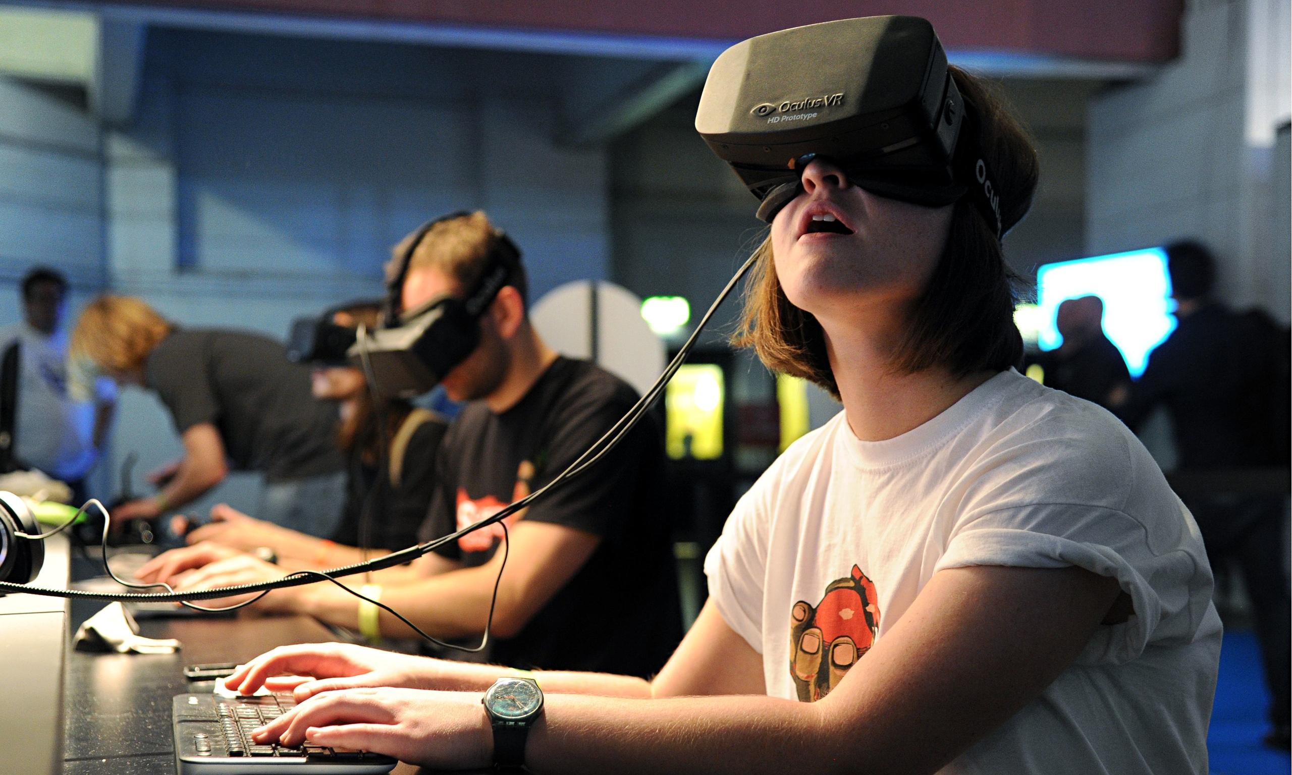 The-Oculus-Rift-headset-i-012