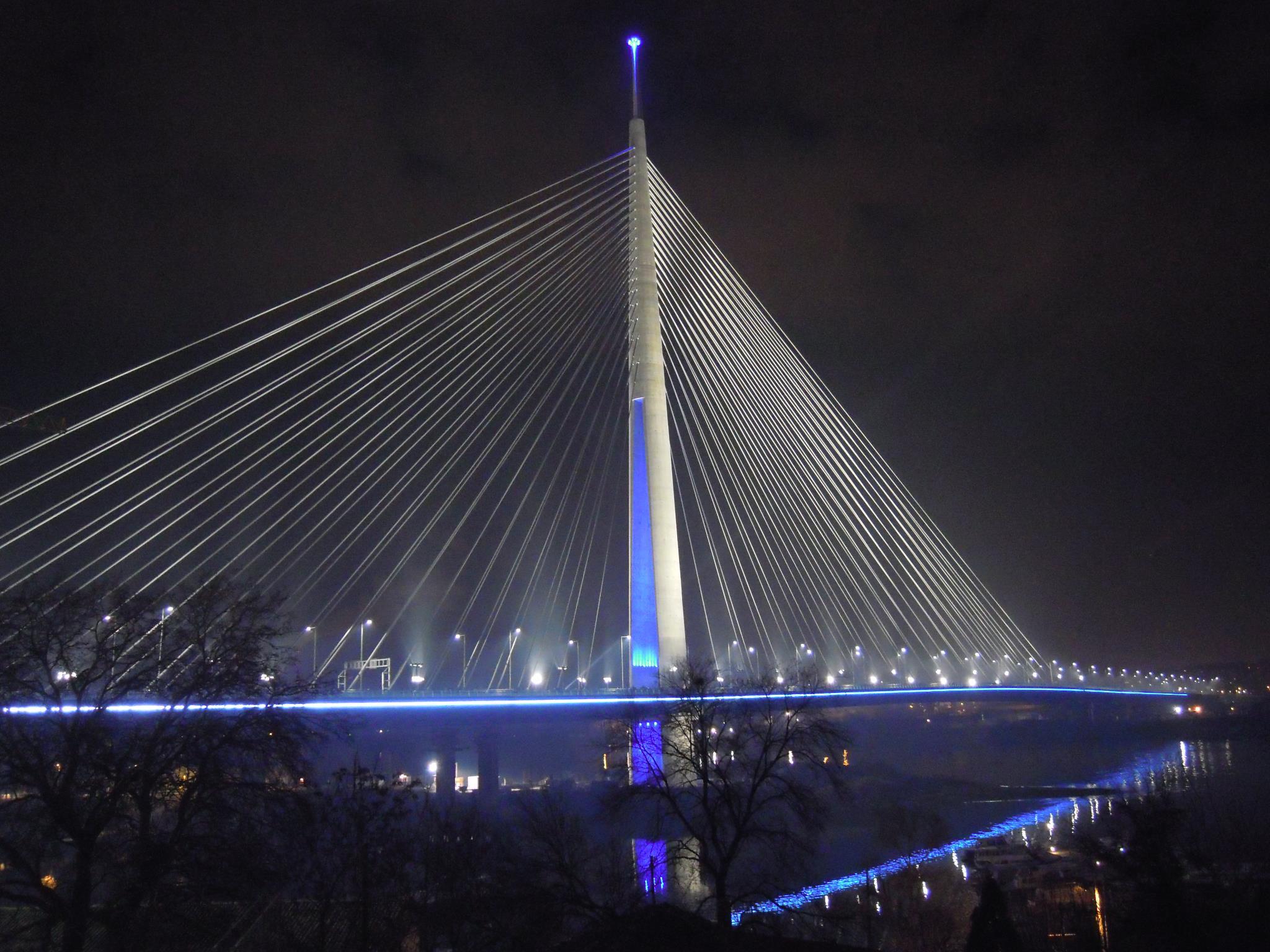 Energoprojekt Postavlja Tramvajske Sine Na Mostu Na Adi Biznis I